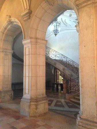 Hotel Abbaye des Premontres : de trap naar de kamers