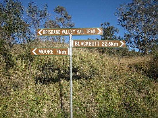 Brisbane Valley Rail Trail: Linville Station