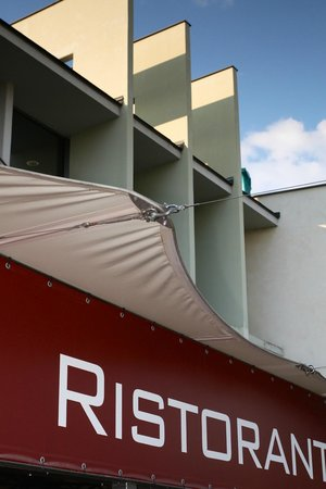 budapest fonte restaurant pizzeria rt kel sek az tteremr l tripadvisor. Black Bedroom Furniture Sets. Home Design Ideas