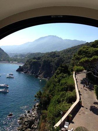Mezzatorre Resort and Spa: vista dalla finestra laterale