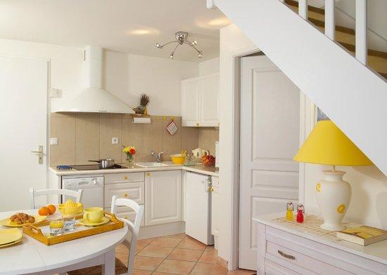 Madame Vacances Les Maisons Du Lac : des cuisines fonctionnelles