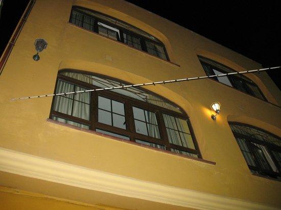Apartamentos la Atarraya: our room
