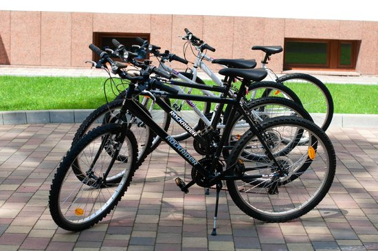 Domus Mater: Garden&Bike