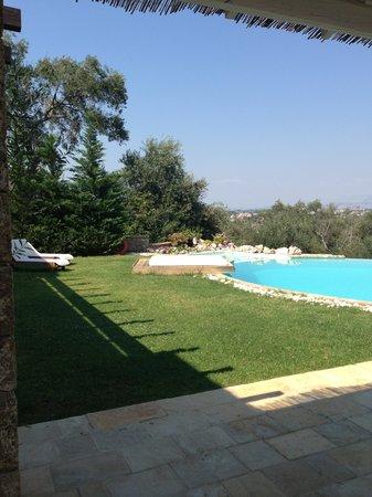 Luxury Villa Piedra Corfu: pool and terrace