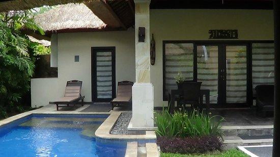 Furama Villas & Spa Ubud: Vista da fuori