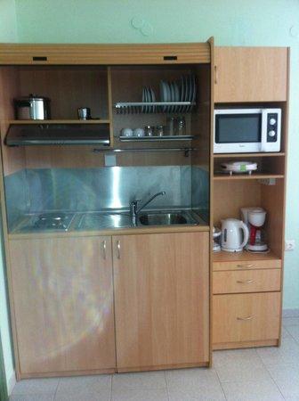 Hotel Erato: kitchen