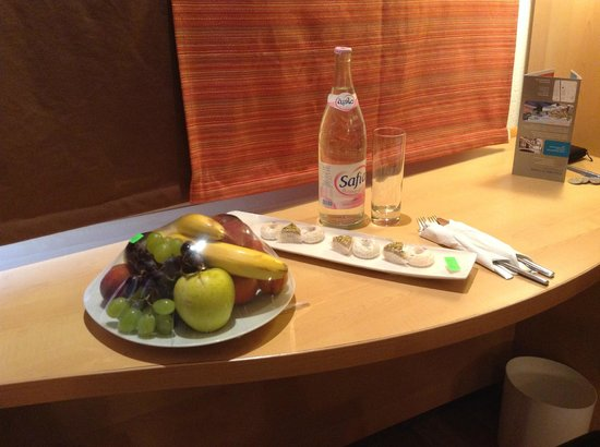 Ibis Tunis: Fruits and delights