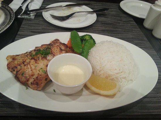 Ubhar Bistro: سمك هامور مشوي