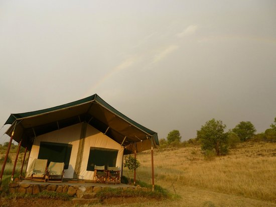 Kicheche Mara Camp: Our tent with a rainbow!