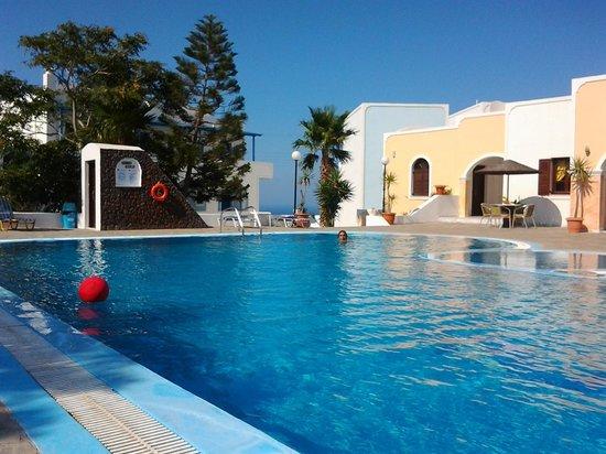 Maistros Village: pool