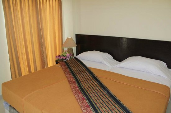 Ayu Beach Inn : kamar tidur
