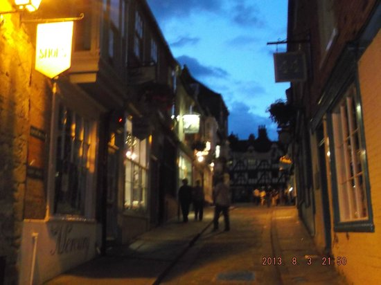 Cathedral View Guest House: Streets of Lincoln at night