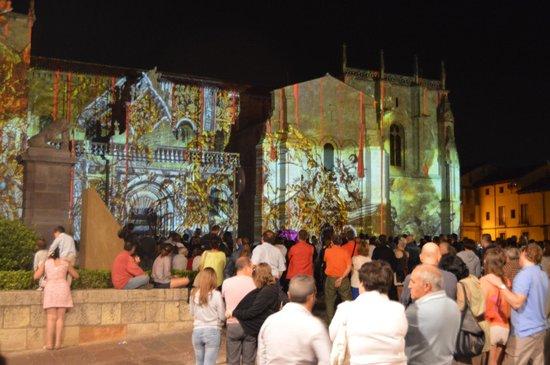 Basílica de San Isidoro y Panteón Real: luces