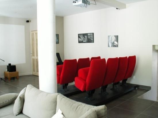 La Bastide de Chapdeuil  Chambres d'Hôtes : Salle cinéma