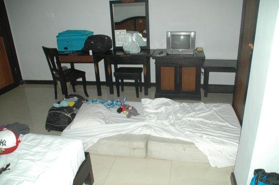 Stana Puri Gopa Hotel: extra bed