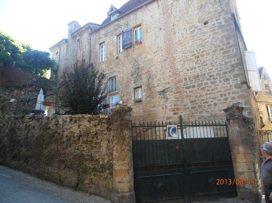 La Maison du Notaire Royal : vue de la demeure côté vieux Sarlat