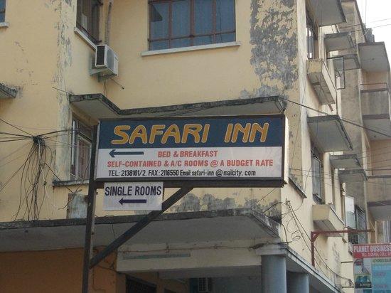 Safari Inn: insegna