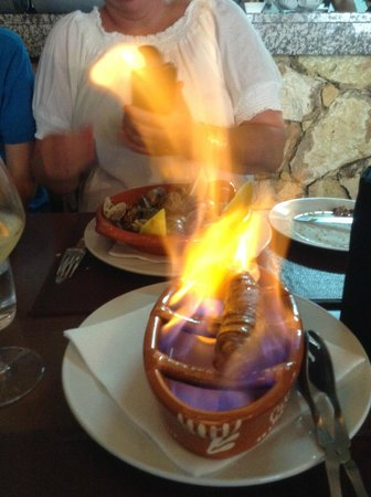 Fim Do Mundo: Flame grilled sausage