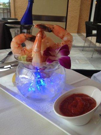M Waterfront Grille: Shrimp Cocktail