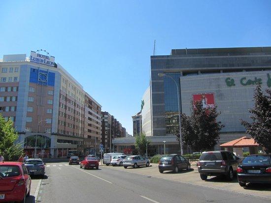 b506c5e0aae Hotel y el corte inglés. - Picture of Silken Luis de Leon