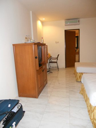 Kuta Station Hotel: bedroom