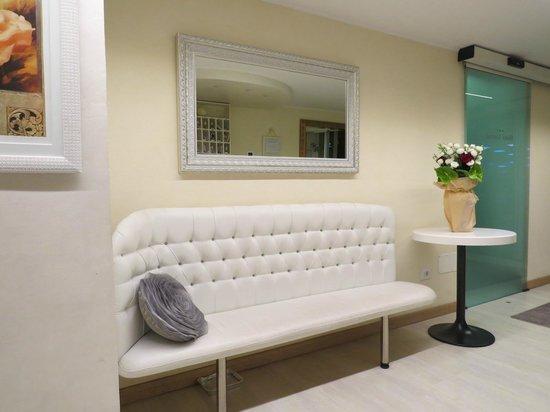 Hotel Cortese : ресепнш-холл