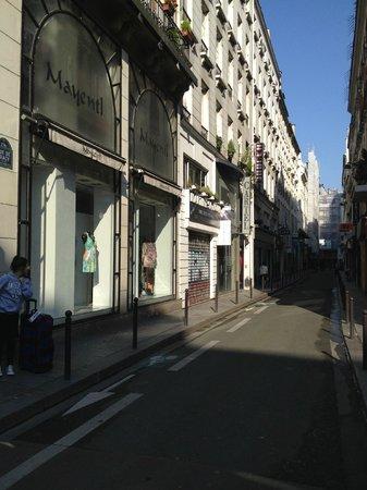 BridgeStreet Champs Elysees -  Berri : Rue de Tracy