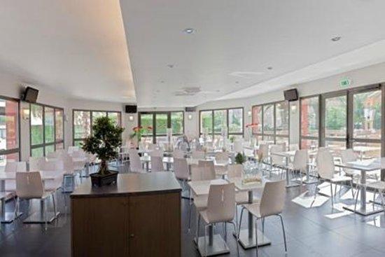 Hôtel Europa : Salle des petits déjeuners