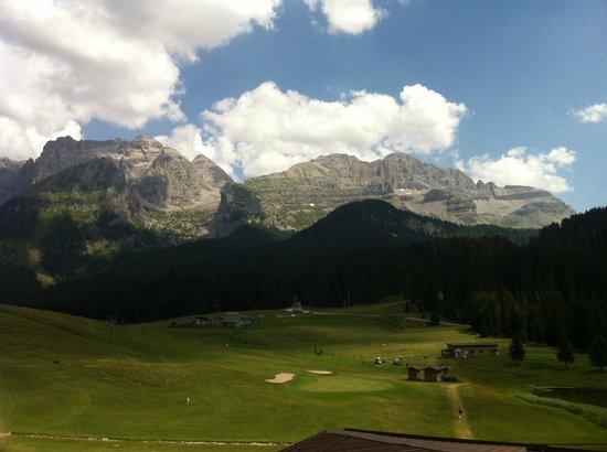 Golf Hotel Campiglio - ATAHotel: Vista dalla camera....