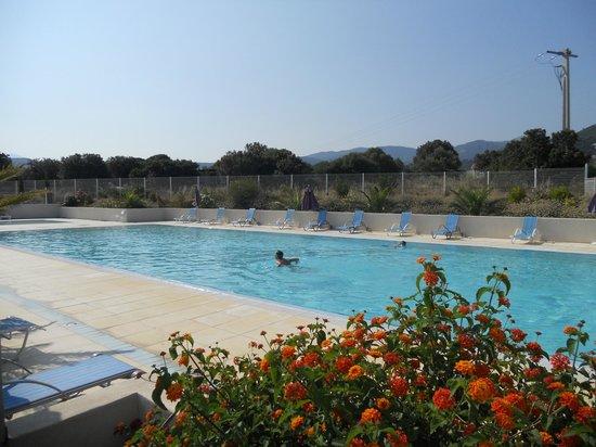 Résidence-Club Odalys Les Villas Bel Godère : piscine