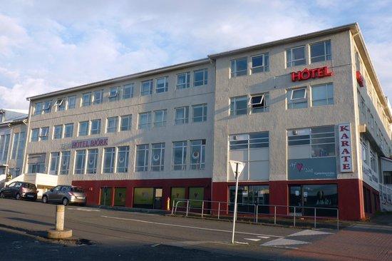 22 Hill Hotel: L'esterno