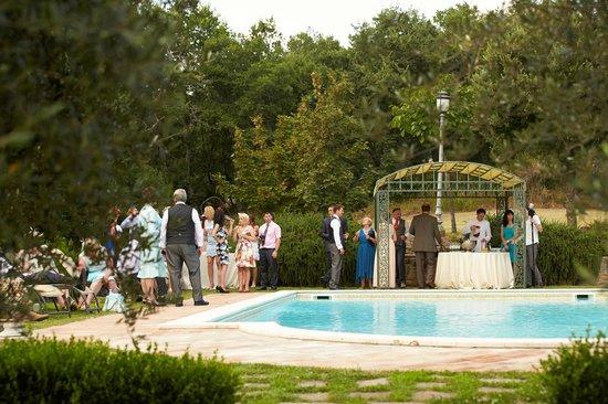 Villa picture of villa san crispolto passignano sul trasimeno tripadvisor for Leighton buzzard swimming pool