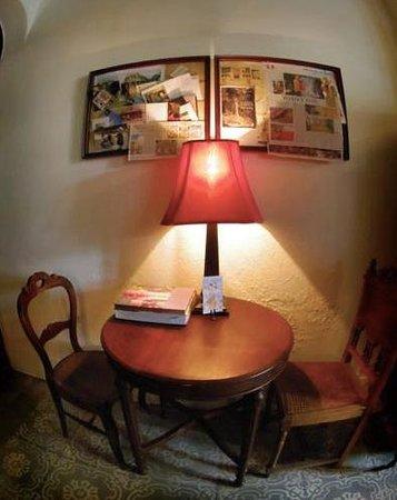 ザ・プトーン, アンティーク家具をうまく取り入れたインテリア