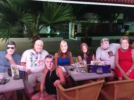 Central bar : mrs bronws family at central