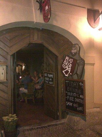 tavern of seven Swabians: Ingresso del locale