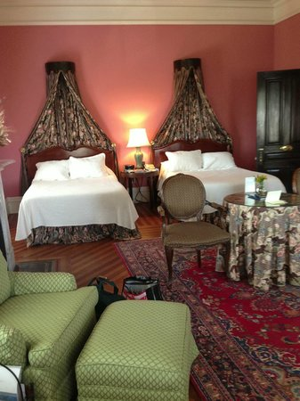John Rutledge House Inn: The beautiful and comfortable Middleton Suite.