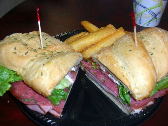 Midtown Cafe : Huge sandwiches using many homemade breads