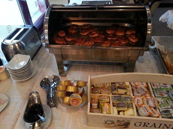 Hotel Ottaviano: Pankaksliknande bitar