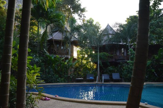 Phu Pha Ao Nang Resort and Spa: rooms