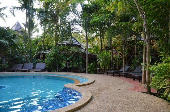 Phu Pha Ao Nang Resort and Spa: swimming pool