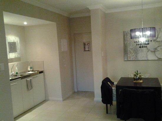 Devonvale Golf & Wine Estate: interior-kitchen area