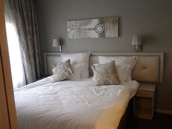 Devonvale Golf & Wine Estate: bedroom