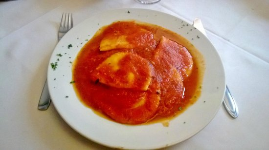 Cugine Pizzaria Restarante: Prato de Massa
