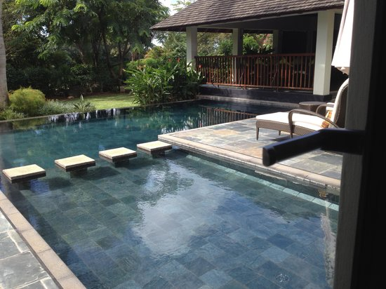 Four Seasons Resort Mauritius at Anahita: villa pool