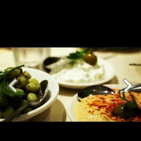 Green Olive Meze Bar & Restaurant: meze