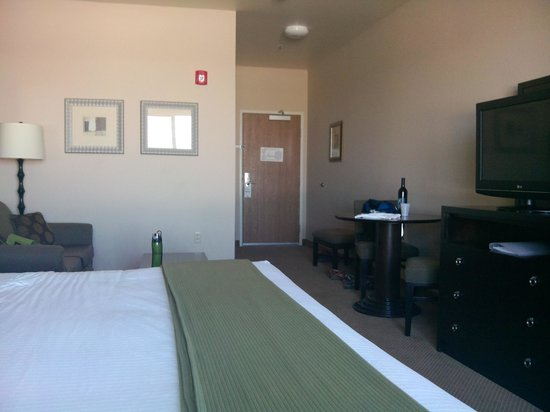 Holiday Inn Express Hotel & Suites North Sequim : Clean and modern
