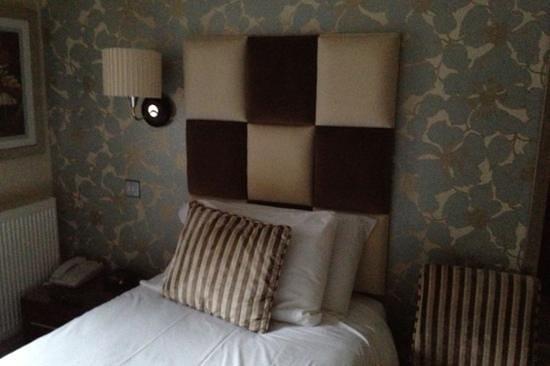 Hopping Hare: Bedroom