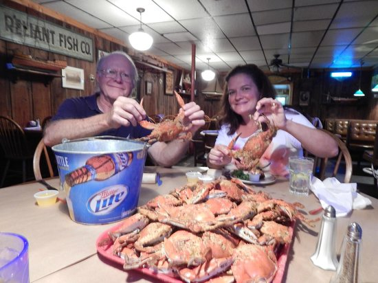 Chic's Seafood: crabs