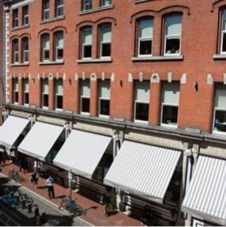 Fallon & Byrne: Building Exterior
