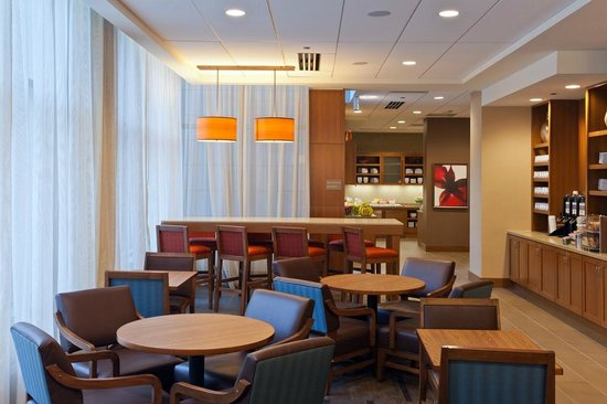 Hyatt Place Chicago / River North: Breakfast Seating Area